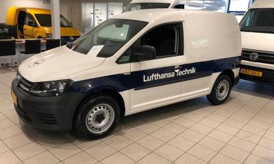 Autobelettering Lufthansa Technik